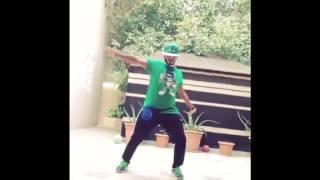 getlinkyoutube.com-رقص تكسير ( طارق الحربي )