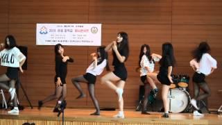 getlinkyoutube.com-운중중학교 3학년 미니콘서트 춤 에이핑크 - Mr. Chu, AOA - 짧은치마