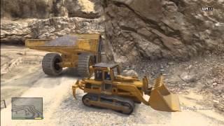 getlinkyoutube.com-Grand Theft Auto 5 - HUGE dump truck and BULLDOZER RAMPAGE GTA V