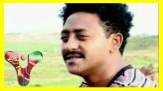 getlinkyoutube.com-Tesfay Mengesha - Medhanitey | መድሃኒተይ - Eritrean Music (HALENGA Eritrea)