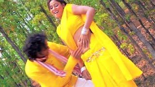 getlinkyoutube.com-Hum Na Raheb Aisan Mehari Kariaut Par   Kajal Raghwani & Rakesh Mishra   Hot Bhojpuri Song   HD