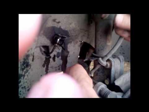 Замена передних тормозных шлангов