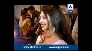 getlinkyoutube.com-Pretty Divyanka at Gold Awards