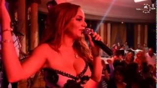 getlinkyoutube.com-مقطع فيديو لمنال عمارة في سوسة يثير ضجة  Manel Amara