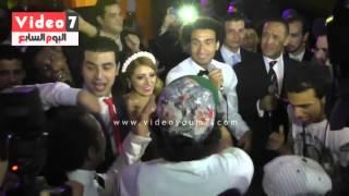 getlinkyoutube.com-نجوم مسرح مصر والمدفعجية يقدمون أغنية 'فرحة على ربيع' بمناسبة زفافه