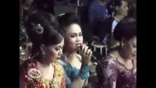 getlinkyoutube.com-Kembang Gadung - Giri Harja 3 Bandung