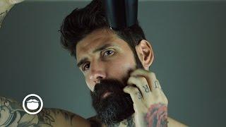 getlinkyoutube.com-How I Remove My Beard Curls | Carlos Costa