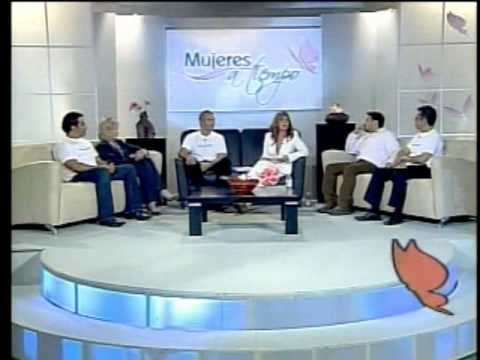 Reconocimiento a Carolina Medellin - Campaña para deteccion de cancer - Mujeres a tiempo