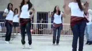 getlinkyoutube.com-احلى رقص على اغنية محمد السالم