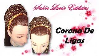 getlinkyoutube.com-Peinados Infantiles Corona de Ligas Encintado ZigZag /Peinados con ligas
