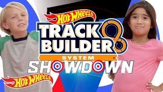 getlinkyoutube.com-Track Builder Showdown! Scotty vs. Aubrey | Track Builder | Hot Wheels