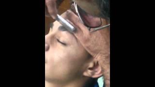 getlinkyoutube.com-Como depilar la ceja al estilo cr7 Cristiano ron..