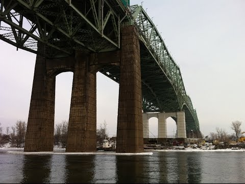 Denis Lebel and Sylvain Gaudreault on Quebec's Champlain Bridge demands