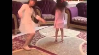 getlinkyoutube.com-رقص اطفال على اغنيت ارجوك يكفي غياب جديد