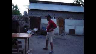 getlinkyoutube.com-2 drogati se iau la bataie