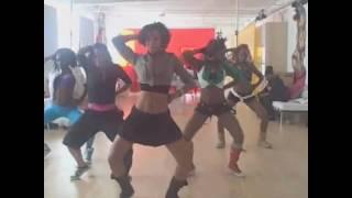 getlinkyoutube.com-sean paul new song and teyana taylor dancing ragga