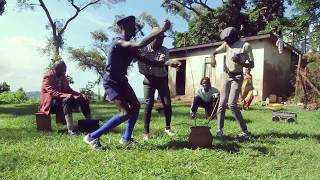 getlinkyoutube.com-Manala & Friends dancing Free Style by Eddy Kenzo