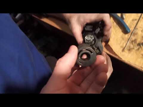 Разобрать замок багажника Opel