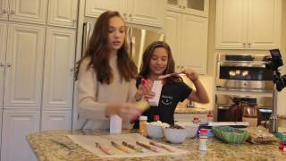 getlinkyoutube.com-Cooking with Kenz! With my sister Maddie