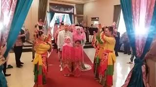 getlinkyoutube.com-Tari Sirih Kuning Pengiring Pengantin @Wisma Bhayangkari Blok-M
