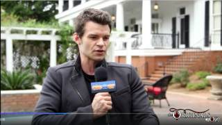 getlinkyoutube.com-Daniel Gillies The Originals On Set Interview - Elijah & Hayley's Future & Fatherhood
