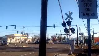 getlinkyoutube.com-MBTA Commuter Rail Crossing Bishop Street, Framingham, MA