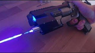 getlinkyoutube.com-Destiny THE DUKE (burning laser gun)
