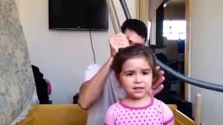 getlinkyoutube.com-Prendendo o cabelo com aspirador de pó