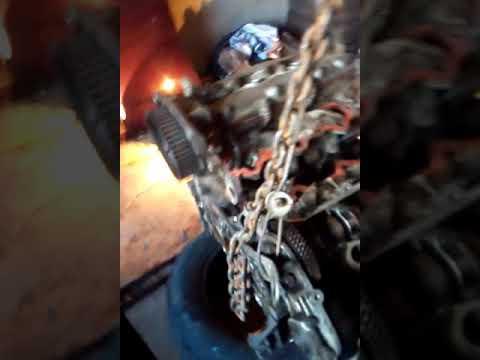 Как снять двигатель с Мазды кседокс 9 2.5 объём 1995 года у себя в гараже