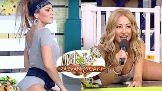 getlinkyoutube.com-Roxana si Flavia, intr-un body super sexy, la Neatza! Fitness training in pozitii care iti iau minti