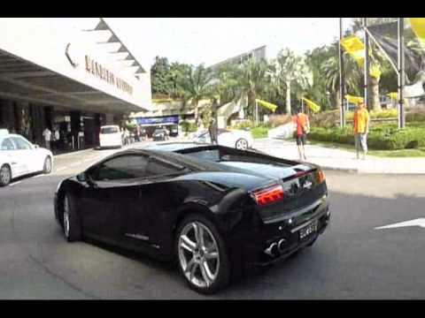 32 Lamborghinis Arriving For Dinner at Mandarin Oriental  Singapore