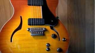 getlinkyoutube.com-VOX Series 77 Guitars: CoAxe Pickup Demo