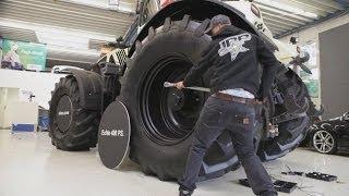getlinkyoutube.com-JPs Tractortaxi Episode 3 - Claas Axion Taxi