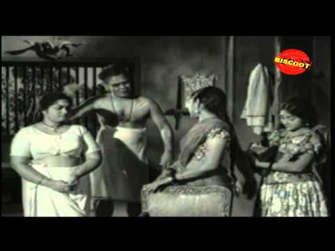 Line Bus Malayalam Movie Drama Scene Aalmoodan