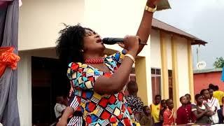 Tumain Mbembela Akiimba Haya ni Maombi Yangu Gospel Popote
