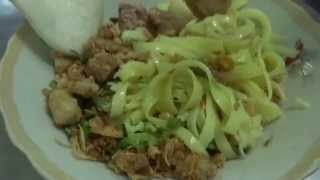 Mì Quảng Kon Tum vietnam บะหมี่แห้งคอนตูม เวียดนาม