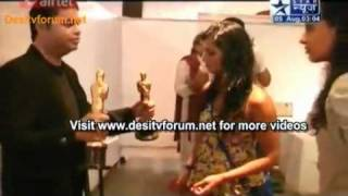 getlinkyoutube.com-Lonavala Mein Karan and kritika and additi gupta Ki Masti Part 3 on SBS 05 august 2011