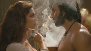getlinkyoutube.com-Ang Laga De | Video Song | Goliyon Ki Rasleela Ram-leela