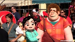 getlinkyoutube.com-Wreck it Ralph - Meet and Greet at Disneyland Resort - Live in Person