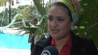 getlinkyoutube.com-مع الممثلة فاطمة الزهراء بناصر