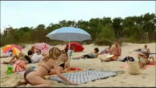 getlinkyoutube.com-Grosse pouffe a la plage !!