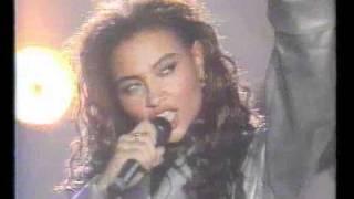 getlinkyoutube.com-2 Unlimited - Real thing (Live Mega Music Dance 1994)