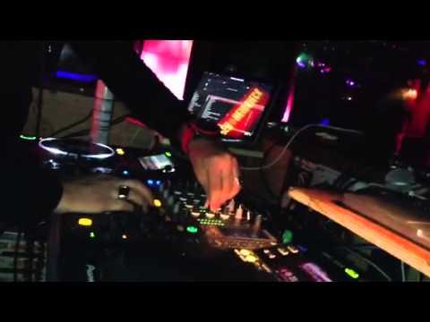 dj oriental dj mixte Djhicham live du Hammam club Paris