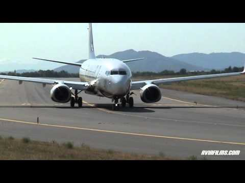 Plane Spotting: airplane take-off, landing and taxi