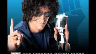 Howard Stern laughs at bad singing
