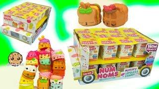 getlinkyoutube.com-Series 2 Full Mini Ice Cream Truck Box of 24 Num Noms Surprise Blind Bag Cups with Queen Elsa