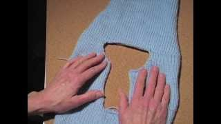 getlinkyoutube.com-How to Make a Sweater Part 6: Join the Shoulder Seams