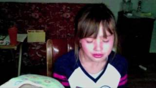 getlinkyoutube.com-9 year old cries over Justin Bieber seeing 3 year old meet Justin Bieber