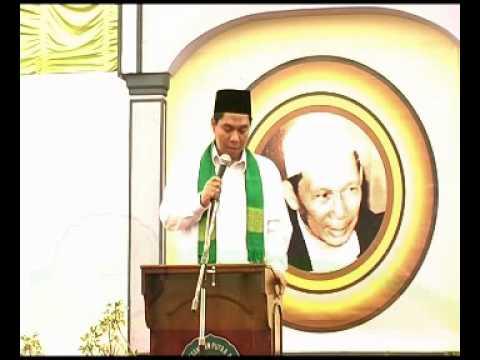 KH. Zulfa Mustofa pd Khataman Akhirus Sanah An-Nawawi Berjan Purworejo (1).mpg