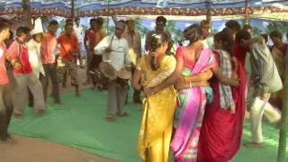 getlinkyoutube.com-Warli Marriage dance - after Peethi